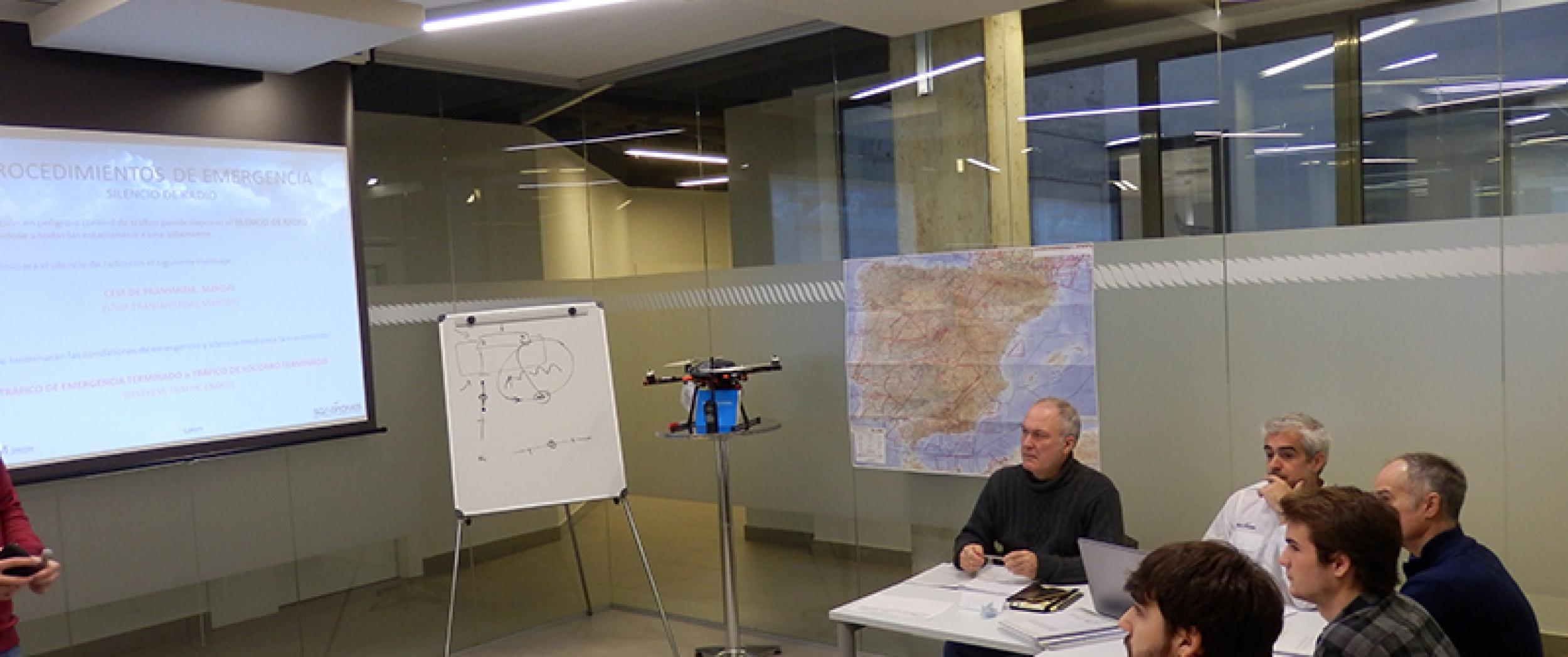 Formación de radiofonista - SQAdrones'